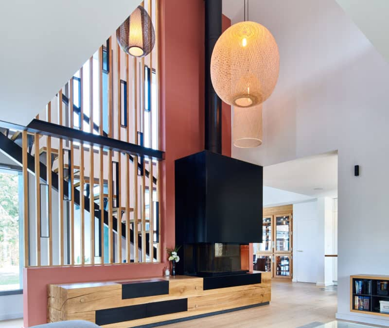 Installation d'une cheminée design RUEGG RIII chez nos clients à Arcangues